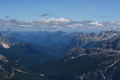 Die Dolomiten gesehen von oben Tofana